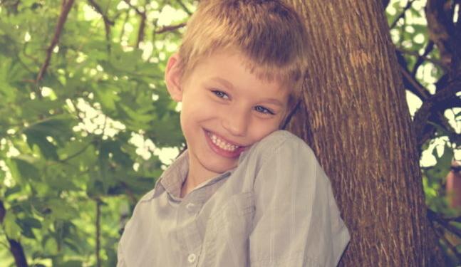 كل شيئ عن مرض التوحد عند الأطفال الأعراض والأسباب والعلاج