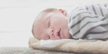 القشط عند الرضع وأهم 6 طرق للتغلب عليه بسهولة