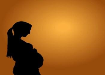 اعراض الحمل في الشهر الأول قد تكون غريبة تعرفي عليها