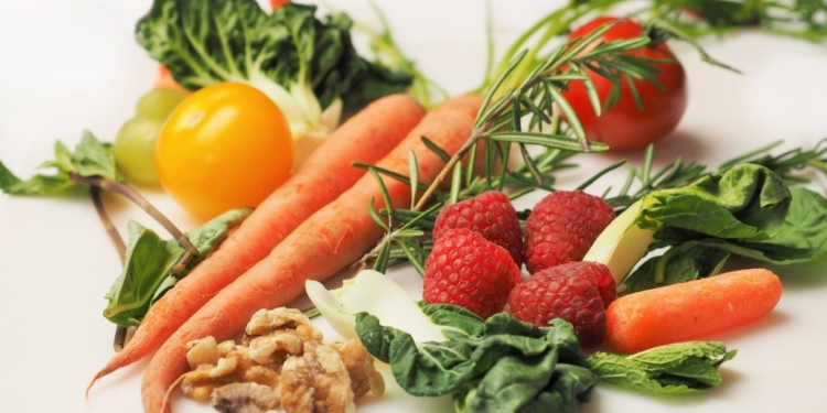 مخطط تغذية الحامل: 33 من المغذيات وفيتامينات للحامل
