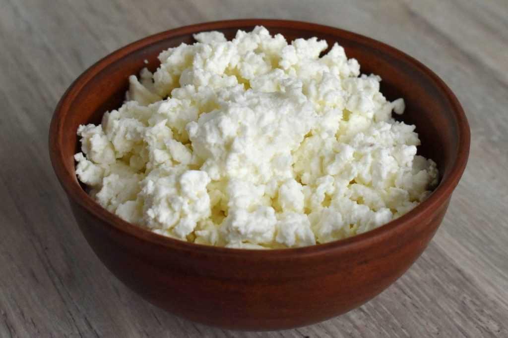 فوائد الجبنة القريش لصحتك ولمرضى السكر وصحة القلب وللتخسيس